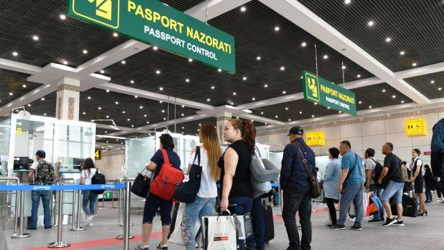 С 1 октября в Узбекистане разрешен въезд и выезд через воздушные, железнодорожные и автомобильные пункты пропуска